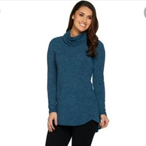 Lisa Rinna Cowl neck blue tunic top soft